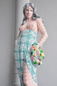 joana-vasconcelos-woman